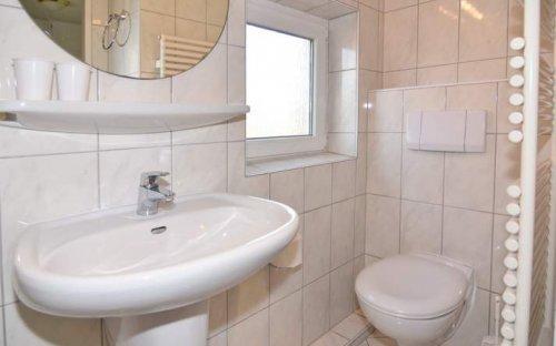 9_930_ferienhaus-amselweg30-9930-westerland-sylt-16_5bbe198e64960-70966c81.jpg